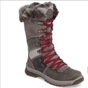 Santa Canada winter boots